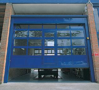 Breda Sektionaltore im Industriebereich